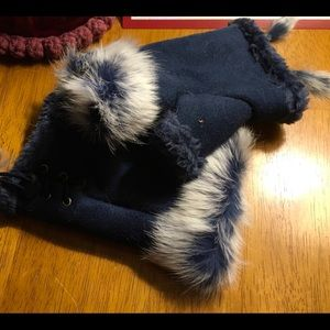Accessories - NWT Driving Mittens